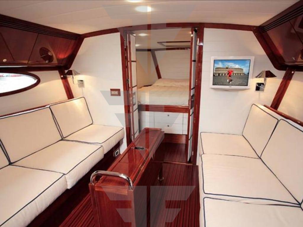 Yacht-for-sale-Endeavour-42-feet